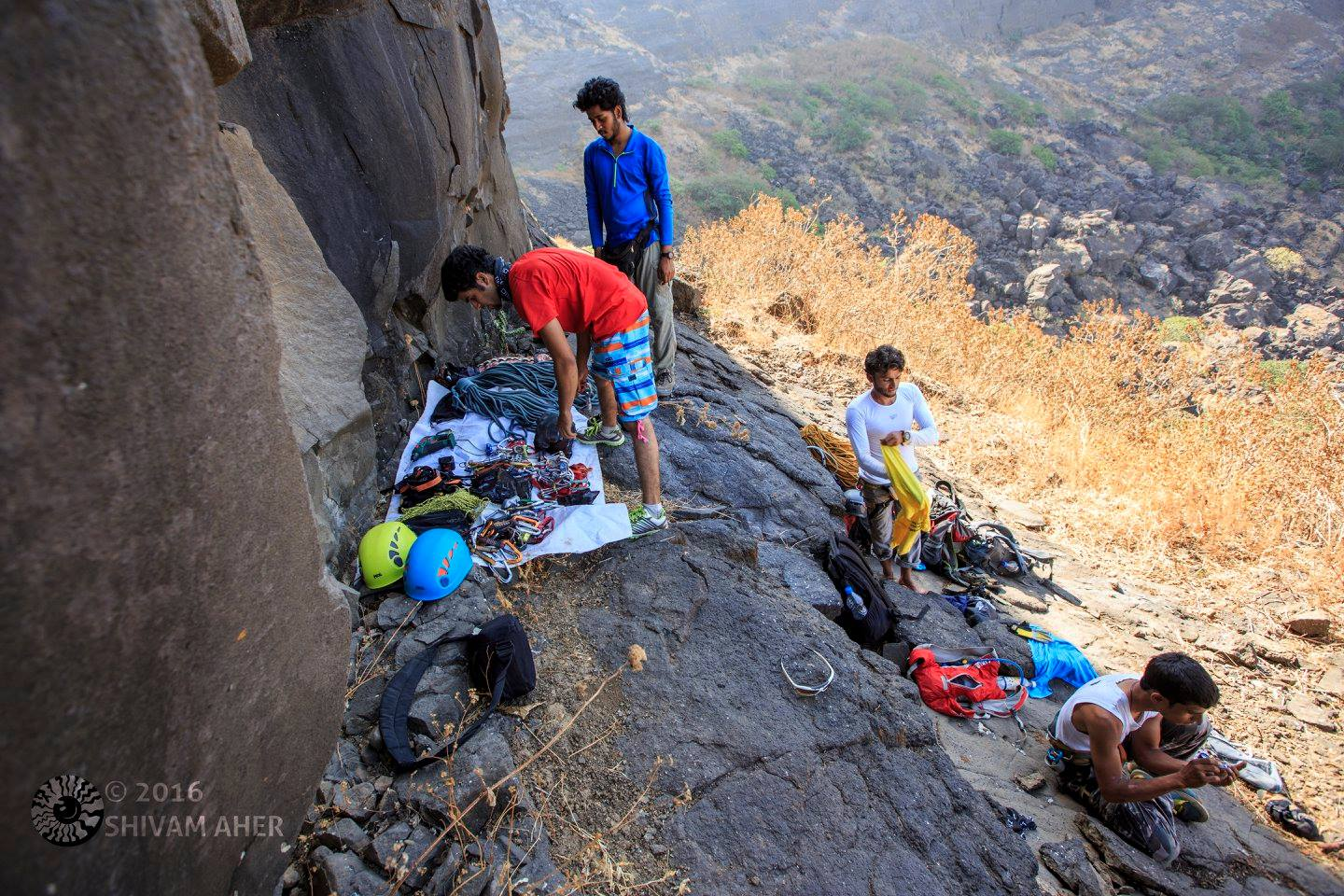 Trad Climbing in India - Setting up the base of the climb