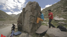 Bouldering in Chatru, India – A Climber's Paradise