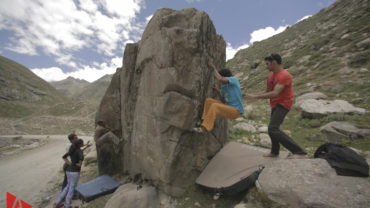 Bouldering in Chatru, India – A Climber's Paradise | 4Play