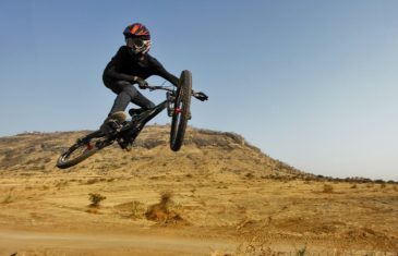 Downhill-Biking-In-India-Athlete-and-Ecosystem-image-3