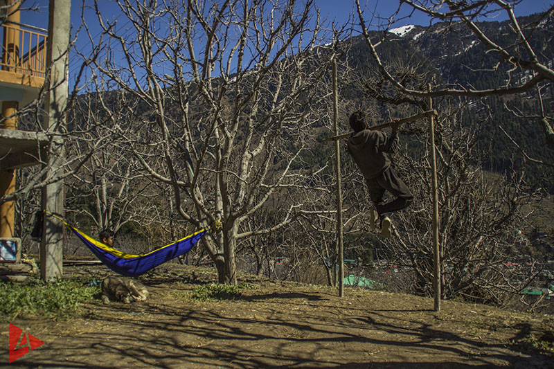 starting-up-offbeat-location-sneak-peak-4play-manali-hoffice-image-5