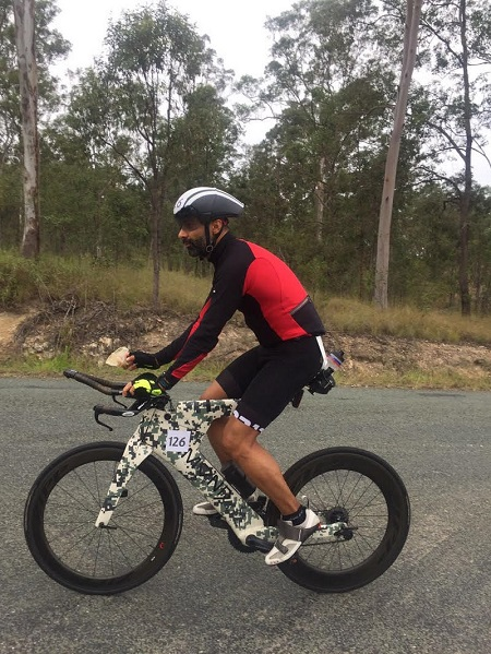 first-to-fastest-indian-ultraman-australia-mayank-vaid-biking