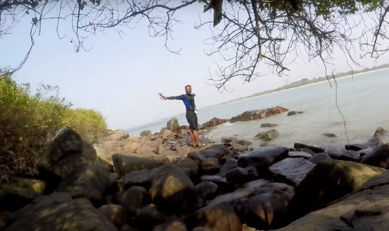 Kaustubh Khade-High on Waves-Kayaking in India