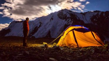Feature Image | Why you can fall violently ill right after a Trek in the Himalayas | 4Play.in