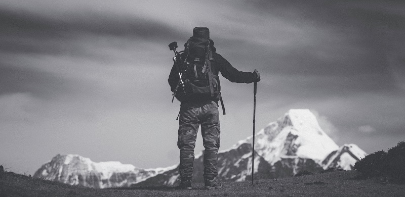 How to HIRE a GUIDE for a Himalayan trek | Trekking101 | 4Play.in