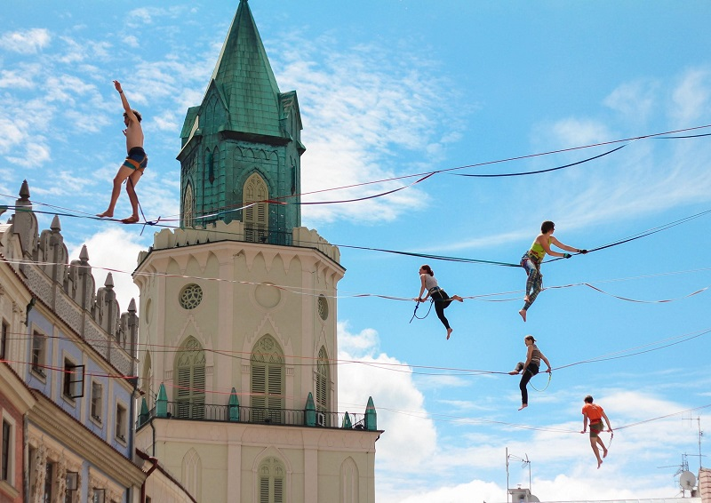 Losing fears and finding family through highlining | Highlining in India | 4Play.in